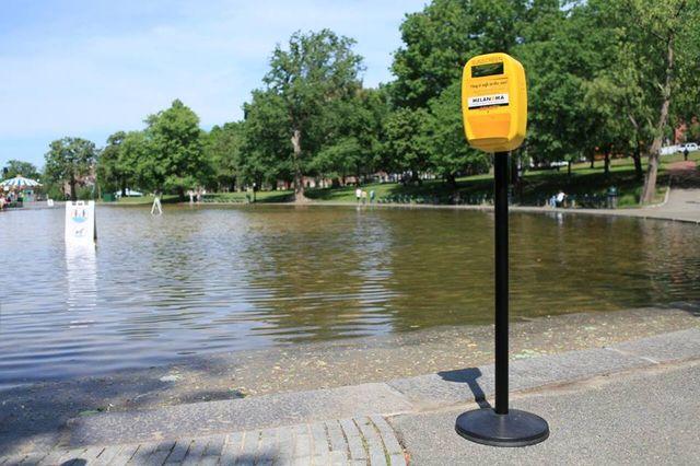 Dozowniki kremu z filtrem na ulicach miast? Świetny pomysł!