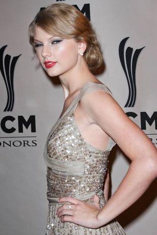 Taylor Swift w Elie Saab (FOTO)