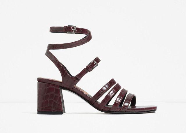 Sandały na obcasie - przegląd oferty Zary (FOTO)