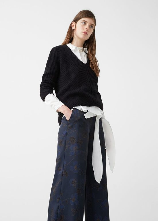Wyprzedaż w Mango - 10 modnych swetrów na zimę 2017