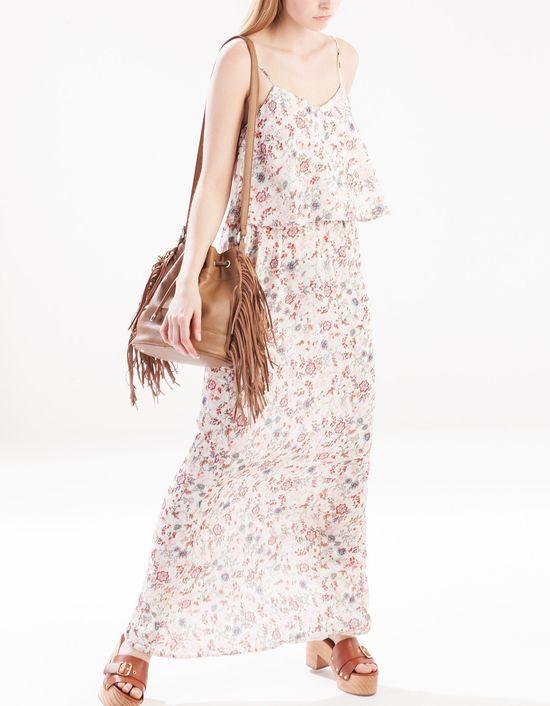 Stradivarius Hello Spring - Nowa kolekcja pełna kwiatów
