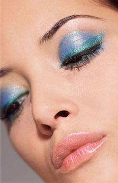 Jak dobrać cienie do koloru oczu