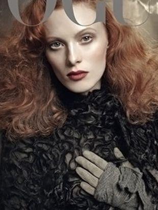 Karen Elson na kolejnej okładce Vogue (FOTO)