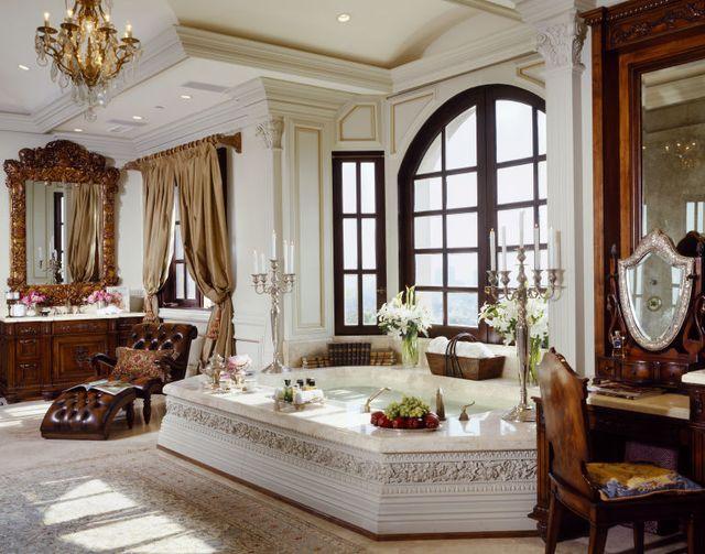 Luksus? Mało powiedziane! Oto dom, w którym przez lata mieszkała Gigi Hadid!