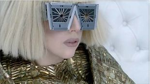 Manicure a la Lady Gaga
