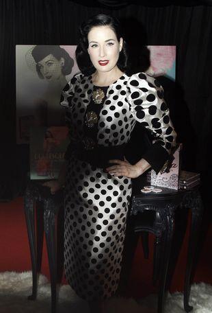Dita Von Teese w Dolce&Gabbana (FOTO)