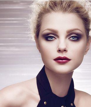 Podkreślone oko w makijażu Diora