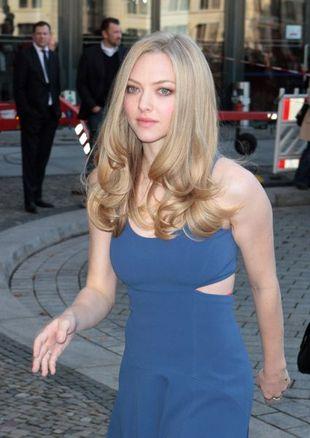 Amanda Seyfried - blondynka w niebieskim (FOTO)