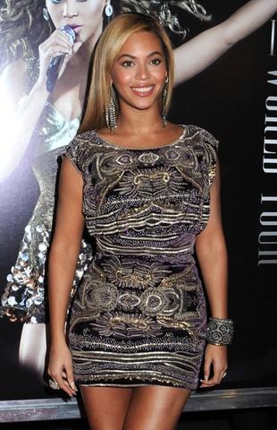 Beyonce w mini Naeem Khan (FOTO)
