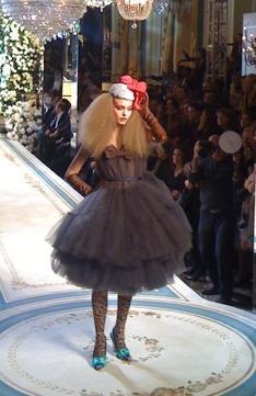 Mamy pierwsze zdjęcia z pokazu Lanvin dla H&M!