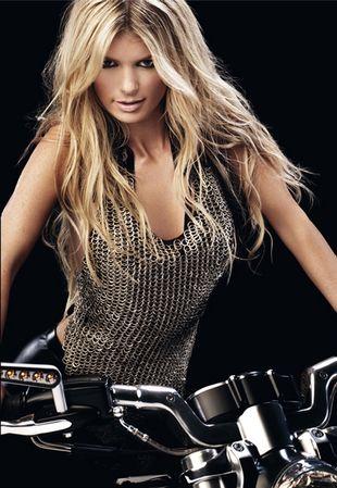 Marisa Miller na Harleyu