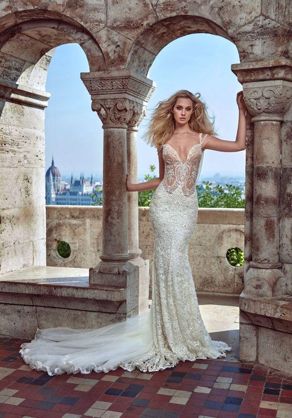 Galia Laharv - piękne suknie ślubne - Ivory Tower (FOTO)