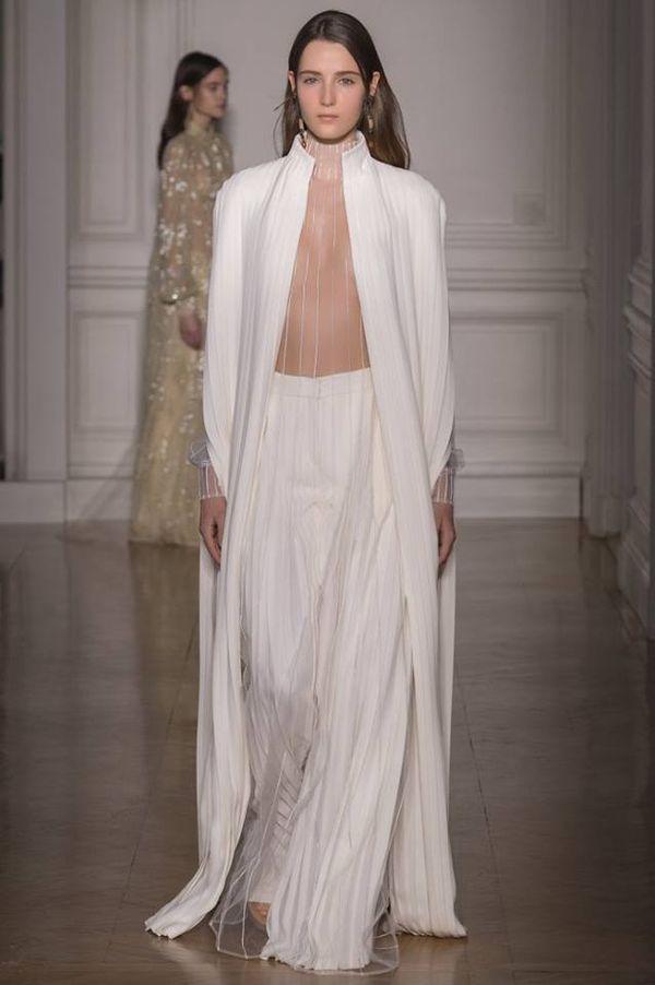 Bardzo prosta i bardzo elegancka kolekcja haute couture od Valentino (FOTO)