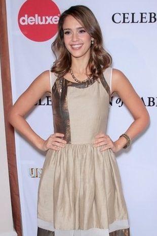 Jessica Alba w sukience marki Thakoon (FOTO)