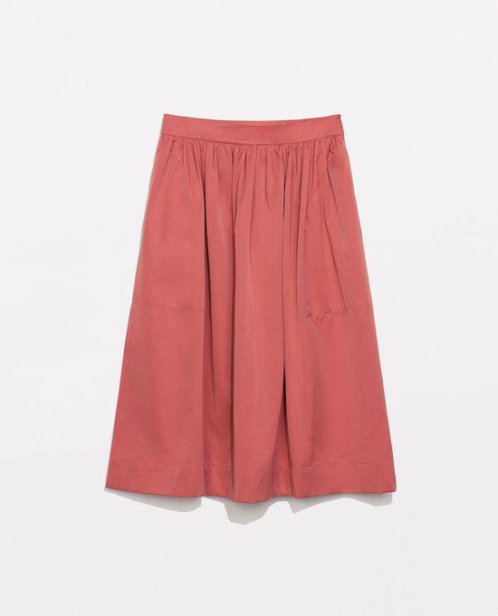 Trend na lato - spódnice midi z Zary (FOTO)