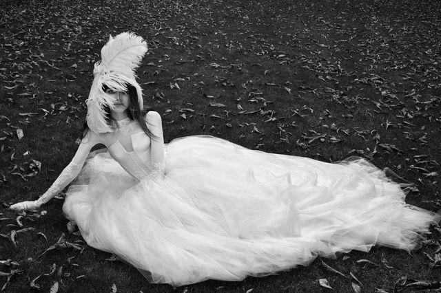 Musicie zobaczyć przepiękną kolekcję sukien ślubnych od Very Wang! (FOTO)