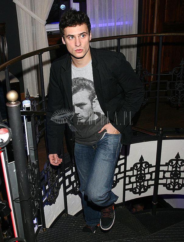 Kto ma Jamesa Deana na koszulce? (FOTO)