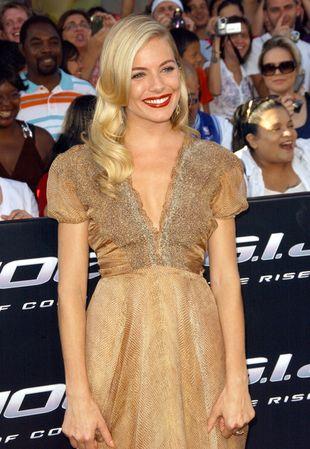Sienna Miller prezentuje hollywoodzki szyk