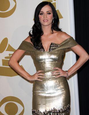 Katy Perry skąpana w złocie (FOTO)