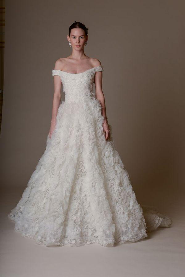 Najpiękniejsze suknie ślubne na wiosnę 2016 - Marchesa