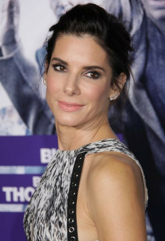 Sandra Bullock odpowiada na plotki! Przeszła operację plastyczną?!