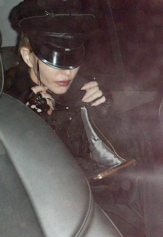 Madonna opublikowała selfie na Insta. Później sfotografowano ją bez makijażu...