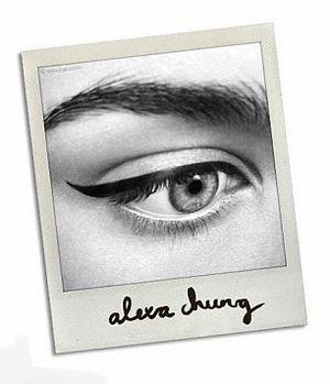 Alexa Chung kosmetyki makijaż