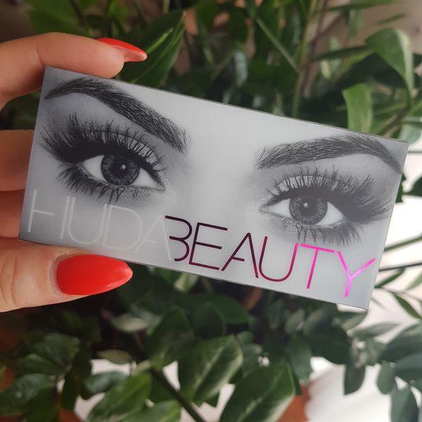 Fenomen marki Huda Beauty, czyli... o co to całe zamieszanie [RECENZJA]