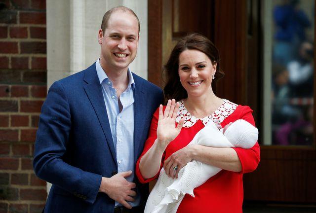 Wielkie WOW! Tak Księżna Kate wygląda kilka godzin po porodzie! (FOTO)