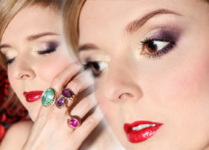 Makijaż w odcieniach złota i fioletu