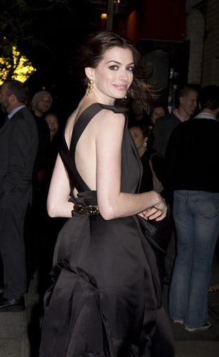 Anne Hathaway pożegnała przepych