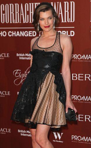 Milla Jovovich w bajecznej sukience (FOTO)