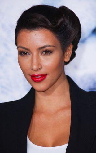Kim Kardashian znudziła się blondem
