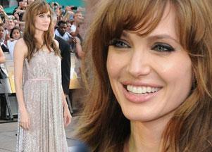 Angelina Jolie na premierze Salt