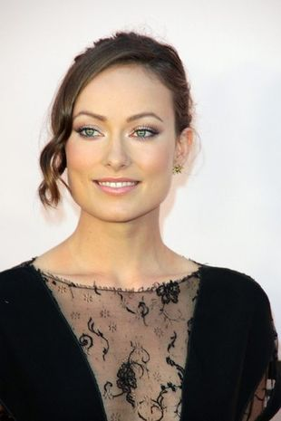 Olivia Wilde w koronkach od McCartney