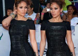 Rozwiane włosy Jennifer Lopez