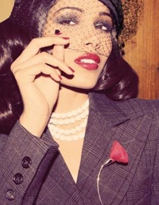 Freida Pinto a la Bianca Jagger? (FOTO)