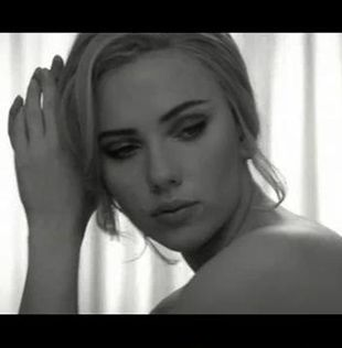 Scarlett Johansson w reklamie L'eau the One