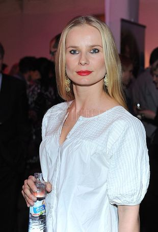 Magdalena Cielecka w biało - czarnym zestawieniu