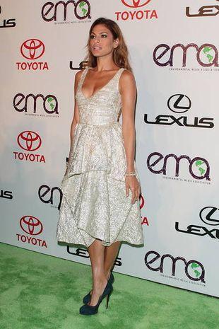 Eva Mendes w kreacji  Lela Rose (FOTO)