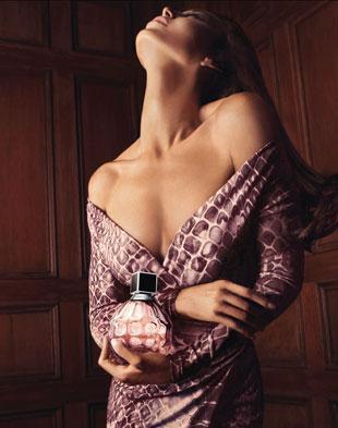 Tamara Mellon reklamuje pierwsze perfumy marki Jimmy Choo