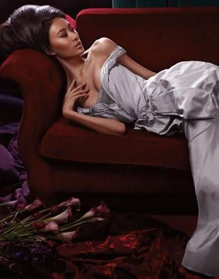 Shu Pei w kampanii reklamowej Vera Wang wiosna/lato 2011