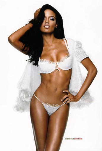 Selita Ebanks: Aniołki wcale nie mają takich pięknych ciał