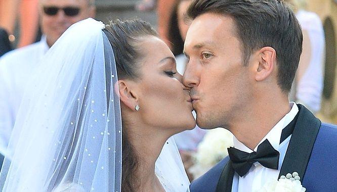 MUSICIE zobaczyć pierwszy taniec Agnieszki Radwańskiej i jej męża (VIDEO)
