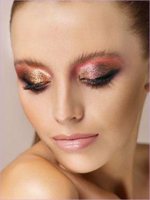 Karnawałowy makijaż Bell