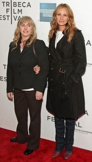 Julia Roberts wróciła do blondu (FOTO)