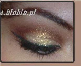 Złoty i platynowy makijaż