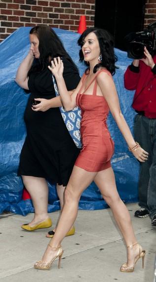 Katy Perry - trzy sukienki w jeden dzień