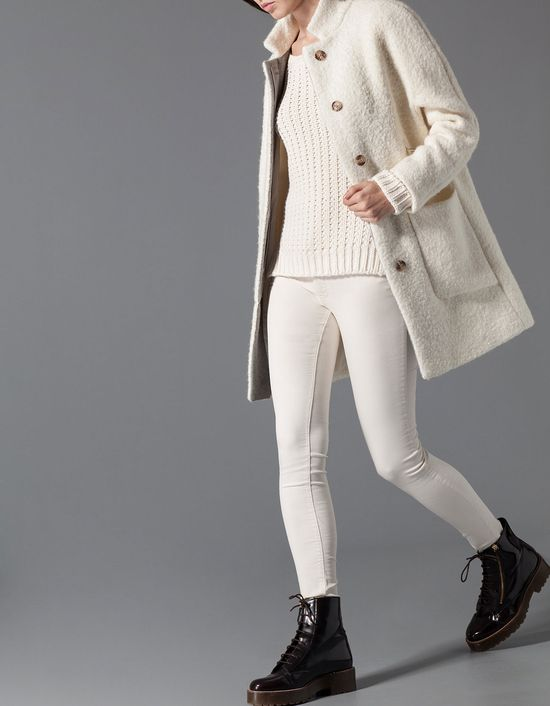 Winter Folk, czyli propozycja Stradivariusa cała w bieli