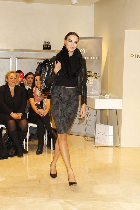 Paulina Krupińska i Kamila Szczawińska na pokazie kolekcji Pinko